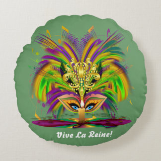 Reina 1 del carnaval leída sobre diseño abajo cojín redondo