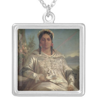 Reina Pomare IV de Tahití Collar Plateado