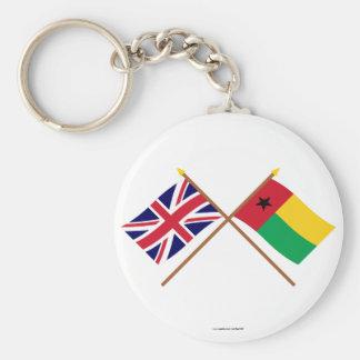 Reino Unido y banderas cruzadas Guinea-Bissau Llaveros Personalizados