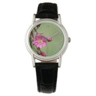 Reloj Apple rosado florece