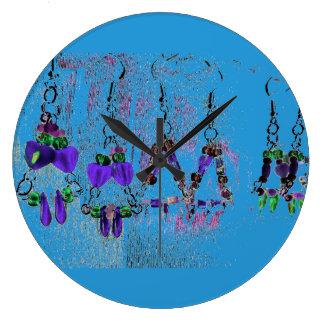 Reloj azul redondo del pendiente de la impresión