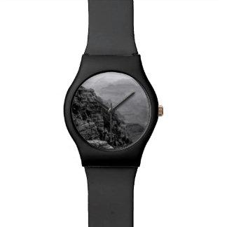 Reloj blanco y negro del Gran Cañón