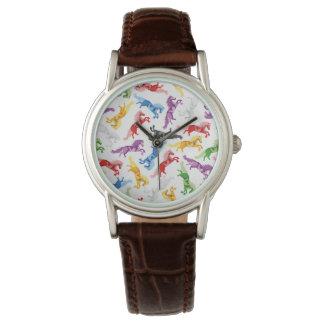 Reloj Caballos de salto coloreados del modelo