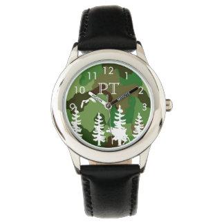 Reloj Camuflaje verde con el monograma del bosque y de