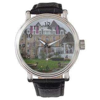 Reloj Creciente de Eureka