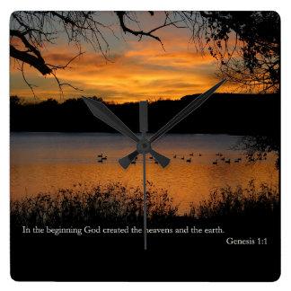 Reloj Cuadrado 1:1 de la GEN en dios del principio creado