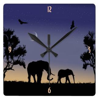 Reloj Cuadrado Amanecer africano - elefantes