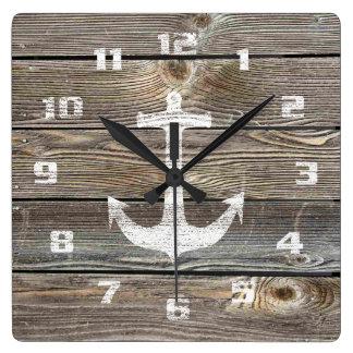 Reloj Cuadrado Ancla náutica rústica de madera de mirada