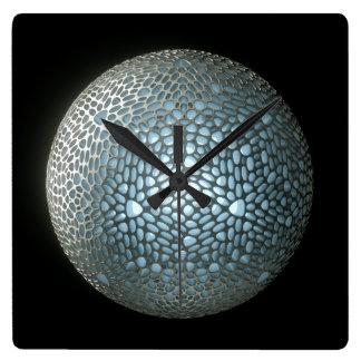 Reloj Cuadrado Base futura - plata