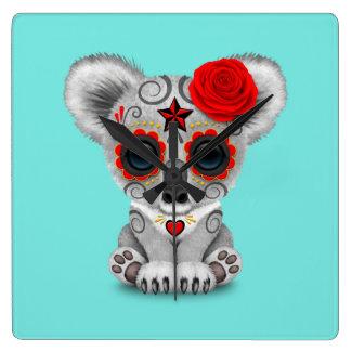 Reloj Cuadrado Día rojo de la koala muerta del bebé
