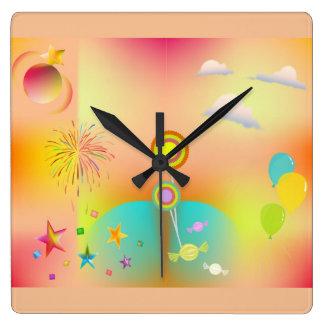 Reloj Cuadrado fiesta y colores