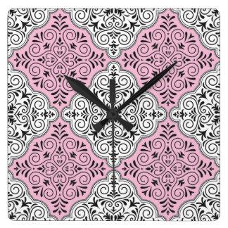 Reloj Cuadrado Flourish rococó rosado del modelo