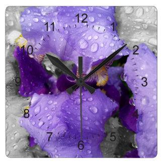 Reloj Cuadrado gotas de agua en el iris