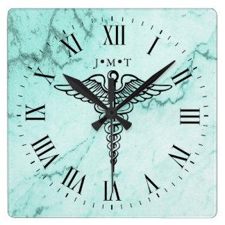 Reloj Cuadrado Mármol de encargo de las iniciales del símbolo