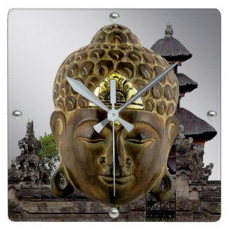 Reloj Cuadrado Máscara y templo de Buda