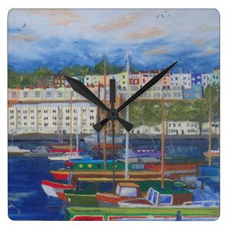 Reloj Cuadrado Mida el tiempo para el puerto deportivo de Bristol