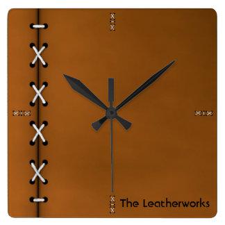 Reloj Cuadrado Mire del cuero cosido para el Leatherworker