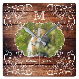 Reloj Cuadrado Monograma de madera del panel del arbolado de la