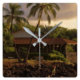 Reloj Cuadrado Pesca