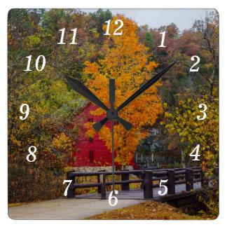 Reloj Cuadrado Puente de la calzada al molino del callejón