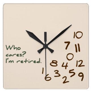 Reloj Cuadrado ¿Quién cuida? Me retiran
