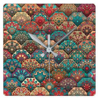 Reloj Cuadrado Remiendo del vintage con los elementos florales de