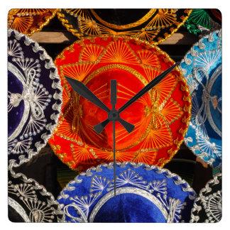 Reloj Cuadrado Sombreros mexicanos coloridos