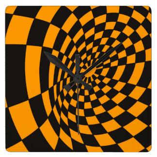 Reloj Cuadrado Tablero de damas amarillo y negro deformado