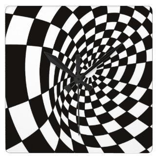Reloj Cuadrado Tablero de damas deformado en blanco y negro