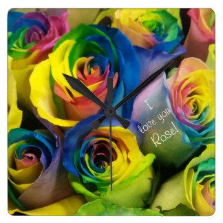 Reloj Cuadrado Te amo rosas personalizados lindos del arco iris