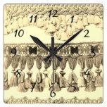 Reloj Cuadrado Testigo antiguo y patrón tribal de encaje