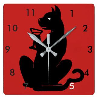 Reloj Cuadrado TIEMPO del CÓCTEL del CAT NEGRO por Slipperywindow