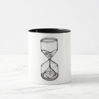 Reloj de arena vertical de la taza de café que