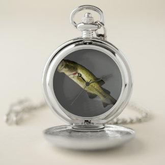 Reloj de bolsillo bajo de los pescados