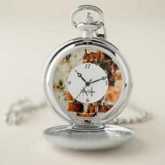 Reloj De Bolsillo Monograma roto blanco y anaranjado de la pared de