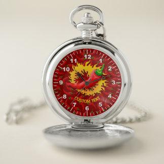 Reloj De Bolsillo Pimiento picante con la llama en fondo rojo