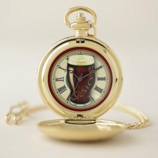Reloj De Bolsillo Pinta divertida de cerveza de malta irlandesa