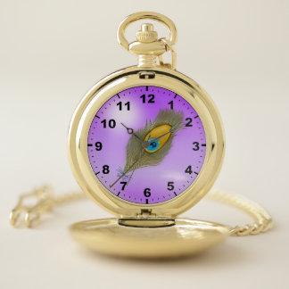 Reloj De Bolsillo Pluma del pavo real en fondo púrpura