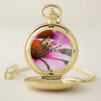 Reloj De Bolsillo Tiempo en un jardín