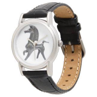 Reloj de cuero negro de encargo de Bucephalus