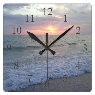 Reloj de la puesta del sol del St. Pete