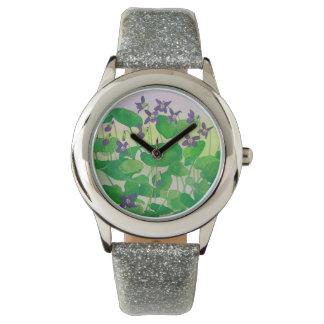 Reloj de las violetas