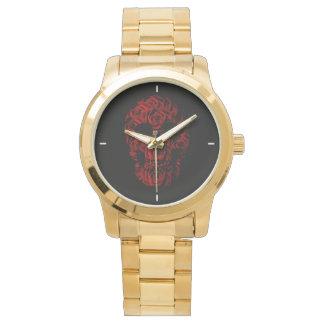 Reloj de oro color de rosa del cráneo