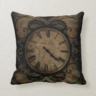 Reloj de pared antiguo gótico del vintage cojín decorativo