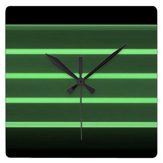 reloj de pared cuadrado verde claro negro
