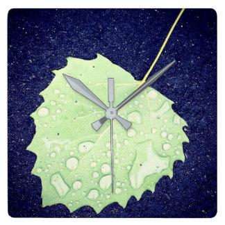 Reloj Cuadrado Reloj de pared cubierto de rocio del cuadrado de