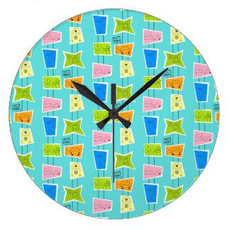 Reloj de pared de acrílico del kitsch atómico