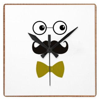 reloj de pared de la cara del bigote