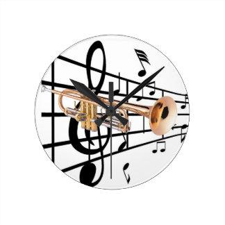 Reloj de pared de trompeta