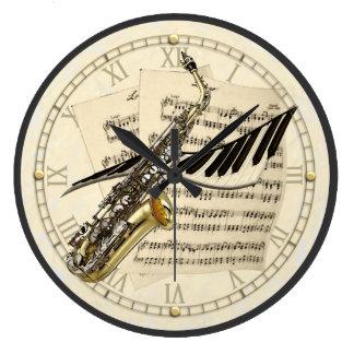 Reloj de pared del diseño del saxofón y de la